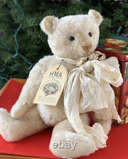 12 Mohair Artist Bear Pearl by Vivianne Galli of Hug Me Again Teddy Bears