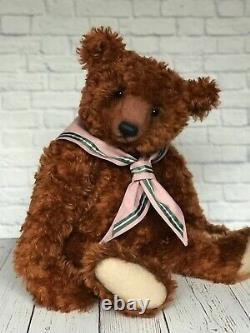 Big bear in classical style