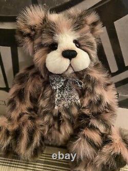Hager bears OOAK artist bear by Donna Hager