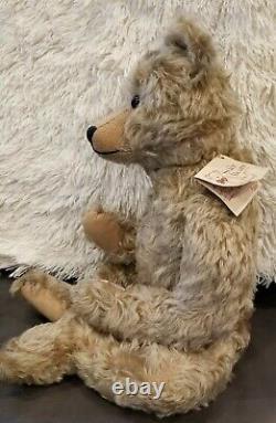 KAREN 21 Wavy Honey Mohair GROWLER Stier Bear By Kathleen Wallace