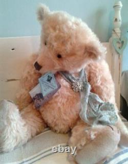 Lovely 22 Blonde Supersoft Mohair Barricane Bear, OOAK Lucy Rackenford 2011
