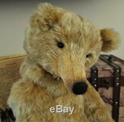 OOAK 22 Artist Mohair Growler Bear Grenadier From Lesley & The Bears