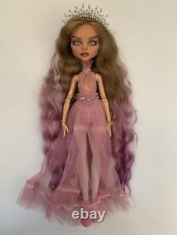 OOAK Cleo De Nile Custom Repaint Monster High Doll By International Artist