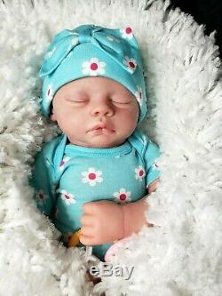 Reborn Baby Girl, reborn dolls, By ARTIST in USA, Realistic and just Adorable