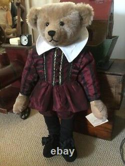 STIER BEAR by Kathleen Wallace of Pennsylvania 22 Inches. SHAKESPIER 1 Of 1