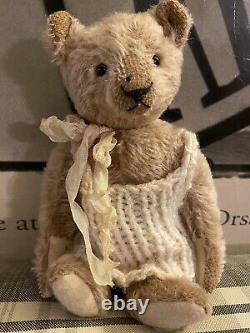 Vivianne Galli Hug me again OOAK artist bear