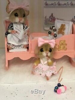 Aiguille Felted Souris Betty & Bunty Poupée À La Main Souris Teddy Ooak Par Suzanne