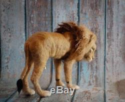 Aiguille Lion Felted Big Cat African Safari Sculpture Art Laine Animale