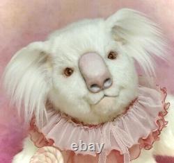 Albino Koala. Candy Artist Ooak Poseable Blanc Koala Par Fashion Teddy Bears