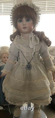 Artiste Doll-24 Depose Tete Jumeau Français Bisque Head Doll