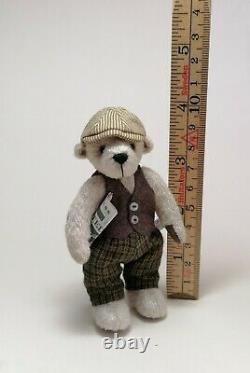 Artiste Fait Main Miniature Rectifié Ours En Peluche Archie Par Boyatt Wood Bears