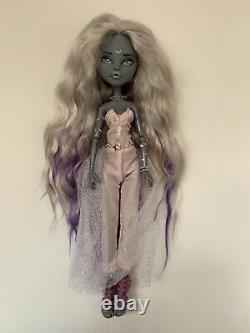 Ooak Meowlody Custom Repaint Monster High Doll Par Artiste International