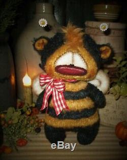 Ratties De Primitive Patti 8 Bee Bug Doll Bear Flower Ooak Artiste Sikes
