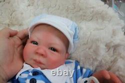 Reborn Baby Doll Blue Eyes Paisley D Pratt Belle Boîte D'artiste Ouverture Marie