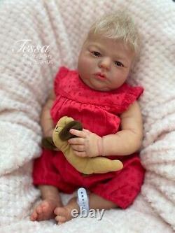 Reborn Baby Girl Doll, Éveillé Realborn Tessa Coa Par Artiste Britannique Sara Jeffery