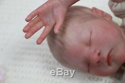 Réincarné Baby Girl Doll Prématuré Prématurée 13 Caleb Boneham Par L'artiste De 9yrs Pvhg