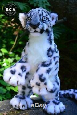 Snow Leopard Réaliste Chat Sauvage Animaux De Collection / J'accepte Mise De Côté