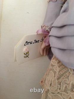 Superbe Poupée Bru De Lindolly 13 Artiste Américain Porcelaine Ooak Mib Avec Étiquette
